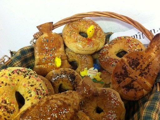 Campanares (gâteaux de Pâques faits en Italie en Corse en Tunisie)