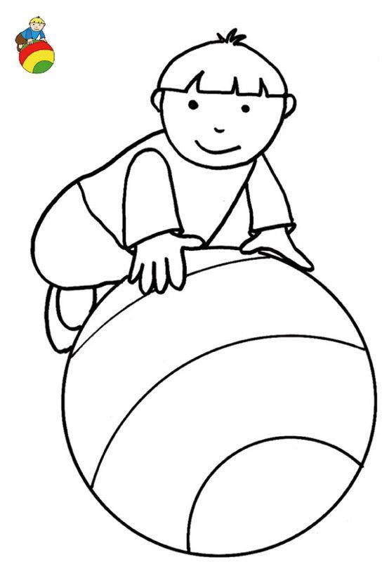 coloriage avec modle garon sur son ballon